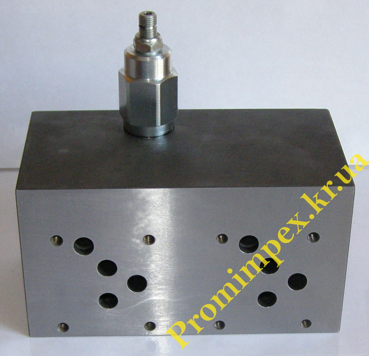 Плита монтажная под электрический гидрораспределитель KVNG-10