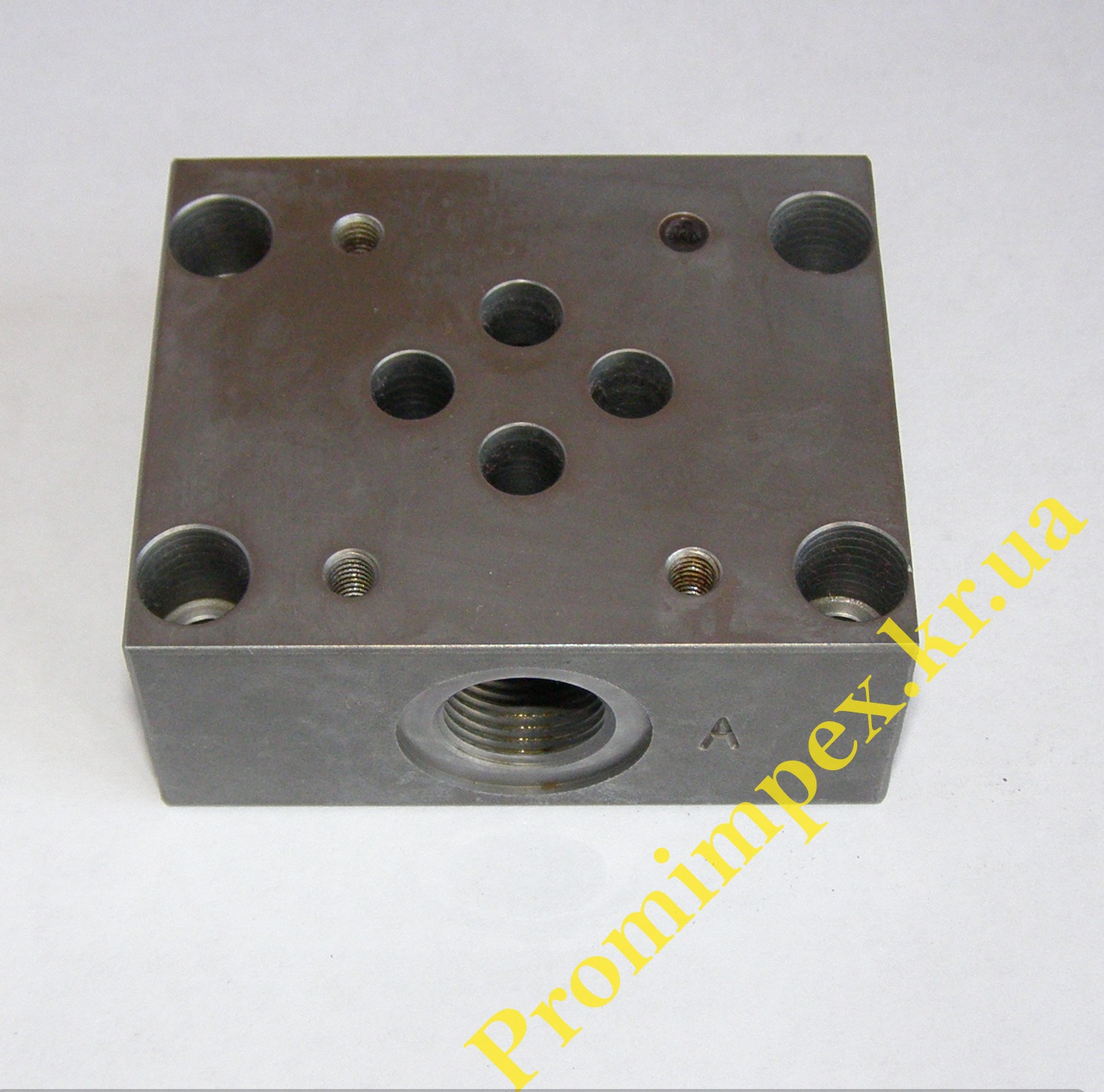 Плита монтажная для гидравлических электрораспределителей